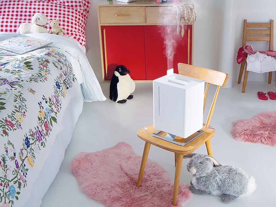 Anton có thiết kế thanh lịch, nhỏ gọn phù hợp cho phòng ngủ và phòng có diện tích tới 25m2